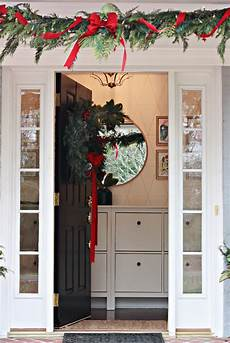 how to decorate window boxes and outdoor garland