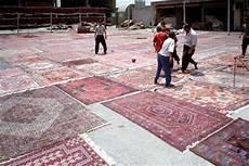 vendita tappeti persiani usati il manuale dei tappeti di hossein fayaz