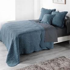 couvre lit 220 x 240 cm matelass 233 stony bleu linge de