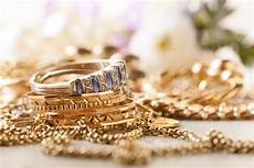 comment reconnaitre un bijou en or comment savoir si un bijou est en or astuces d experts