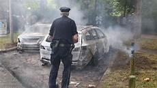 Ausgebranntes Auto Welche Versicherung Zahlt Den Schaden