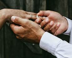5 christian wedding ceremony script sles and vows