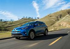2018 toyota rav4 hybrid gets affordable sub 30k new entry