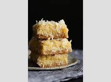 coconut blondies_image