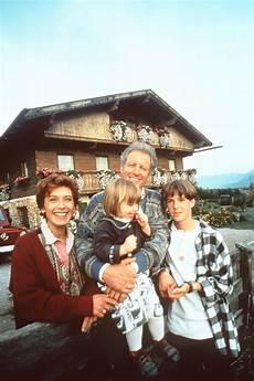Der Bergdoktor 1992 S04e11 Quelle Der Jugend