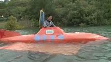 bauer taucht ab mit selbstgebautem u boot