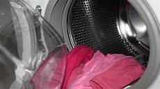 Waschmaschine Reinigen Die Besten Tipps Und Hausmittel