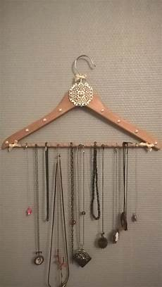 Original Porte Collier Et Bijoux Cintre Boite A Bijoux
