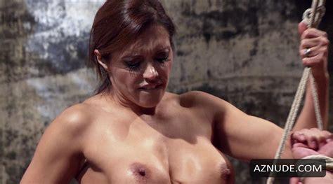 Horny Housekeeper Francesca Le
