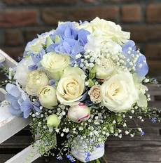 Brautstrauß Mit Hortensien - brautstrau 223 in wei 223 crem 232 blau mit hortensien