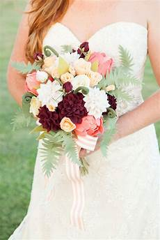 how to make the most gorgeous felt wedding bouquet