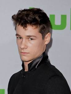 kyle allen actor kyle allen photos photos 2017 winter tca tour hulu tca