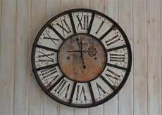horloge murale large gamme d horloges designs et