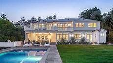 Bristol Ave Luxury Estate In Brentwood Park Los Angeles