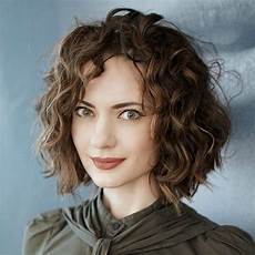 40 wavy bob hairstyles 2019 that look gorgeous and