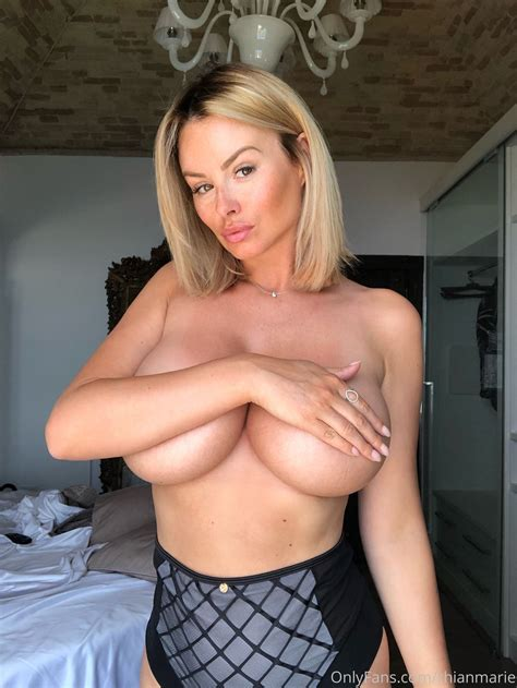 Bam Margara Naked