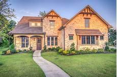 Ab Wann Der Hausverkauf Gewerblich Wird Steuer Erklaeren De