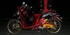 Modifikasi Motor Fino 2017 by Modifikasi Yamaha Fino Simpel Tapi Mewah Merdeka