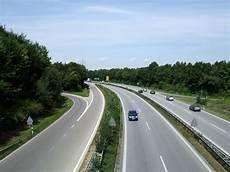 geschwindigkeit autobahn italien autobahn 228 hnliche stra 223 e
