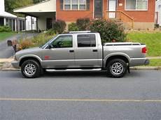 how make cars 2004 gmc sonoma auto manual cdblack07 2004 gmc sonoma crew cabsls pickup 4d 4 1 2 ft specs photos modification info at
