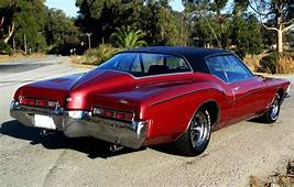 1971 Buick Riviera GS  Cars Classic