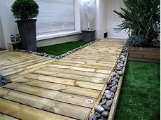 construire une terrasse en palette 60 pallet ideas for garden and outdoors diy motive