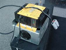 Buy QuiQ Battery Charger Model 912 361036Volt/21amp