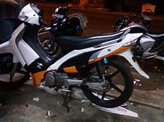 Modifikasi Motor Smash by Modifikasi Suzuki Smash New Titan Racing Drag Simpel