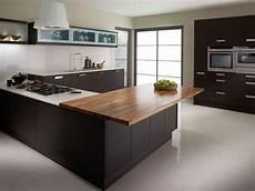 cuisine couleur wengé qeuls meubles couleur weng 233 et 224 quoi les associer 40 id 233 es