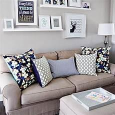mensole per quadri arredare le pareti con i quadri consigli e idee per