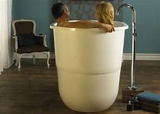 baignoire japonaise une baignoire japonaise inspiration bain