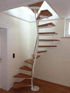 treppe ins dachgeschoss klee j 228 ger treppen raumspartreppe ab 1qm grundfl 228 che