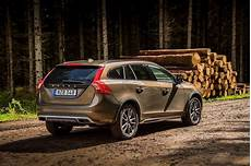 Volvo V60 Cross Country Specs Photos 2015 2016 2017