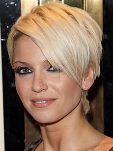 best shoo for thinning hair for women women s hairstyles for thinning hair on top get fine hairstyle ideas hairstylesout