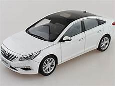 1 18 new hyundai sonata 9 2015 lf diecast model car white