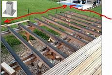 fabrication d une terrasse en bois wandgestaltung wohnzimmer terrasse bois sur pilotis