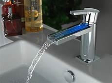 Waschtischarmatur Mit Led Beleuchtung - waschtisch mischbatterie mit led licht by noken