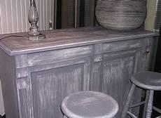 peinture pour meuble en bois la patine ou l de faire ressusciter un meuble