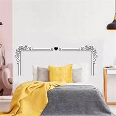 Sticker Mural Valentin T 234 Te De Lit Baroque Et Coeur
