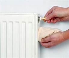 toutes les astuces pour purger votre radiateur distriartisan