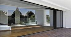 baie vitrée coulissante baie vitr 233 e coulissante aluminium 70mm par sepalumic