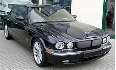 jaguar xjr x350 imcdb org 2004 jaguar xj x350 in quot spectre 2015 quot