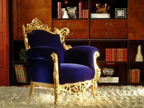 Poltrona Di Lusso, Finitura Foglia Oro, Intagliata