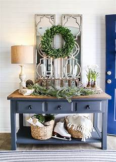 Winter Entryway Decor 6 after winter foyer decorating ideas
