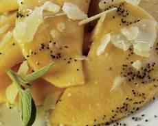 ravioli di zucca alla mantovana ravioli alla zucca gialla ricetta e cucina