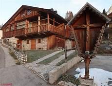 casa di cagna di casa di montagna foto immagini architetture paesaggi