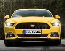 Versicherung Kosten F 252 R Ford Mustang Fastback 5 0 Ti Vct