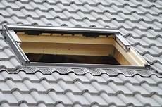 tuile beton prix toiture quel type de tuile choisir habitatpresto