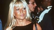 Jungs Malvorlagen Versace Donatella Versace Designerin Schockiert Mit Ihrem Aussehen