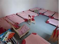 aménagement salle de jeux adultes amnager chambre bb dans petit espace lit bebe petit